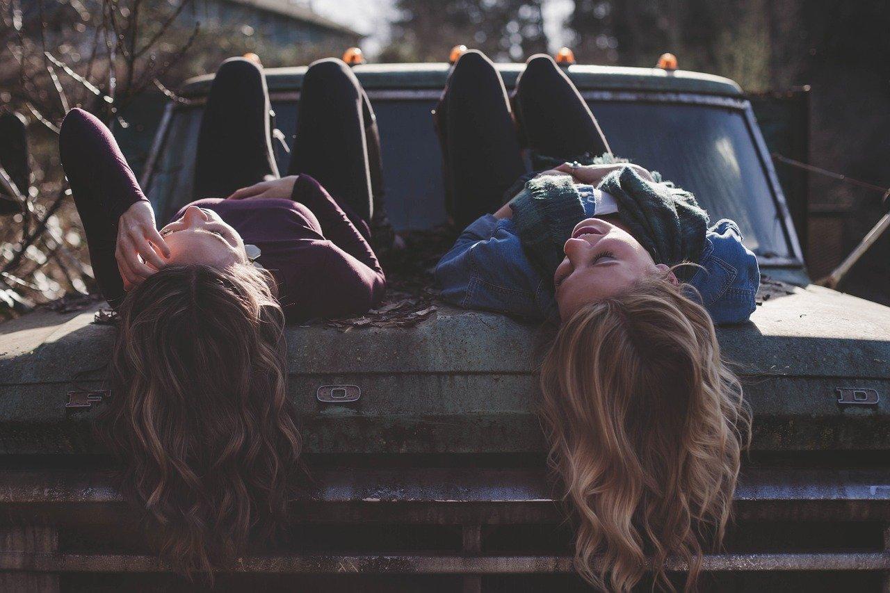 Viaggiare con le amiche aumenta il benessere