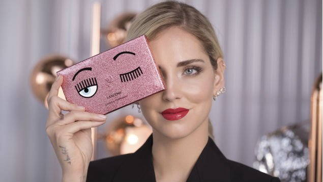 Photo of Chiara Ferragni regala 3400 euro ai suoi dipendenti
