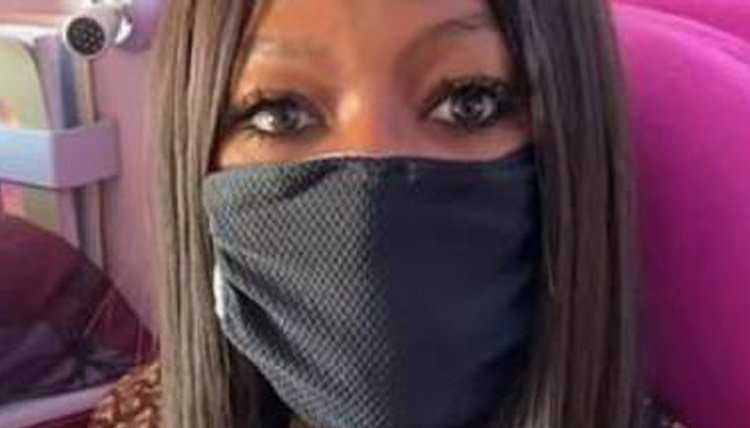 Photo of Naomi Campbell e le regole per viaggiare puliti: ecco il video virale
