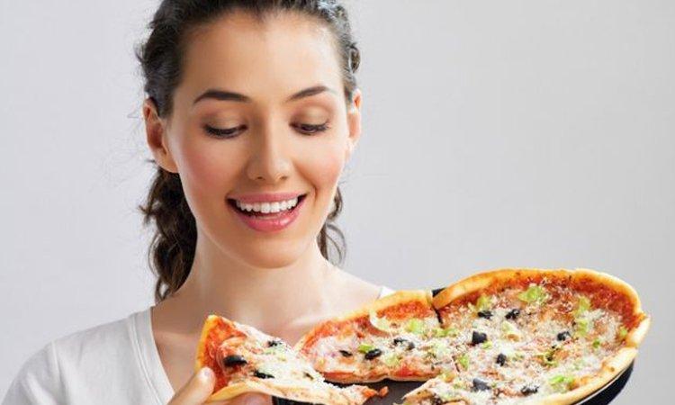 Pizza e personalità ecco chi siete in base alla pizza che vi piace di più