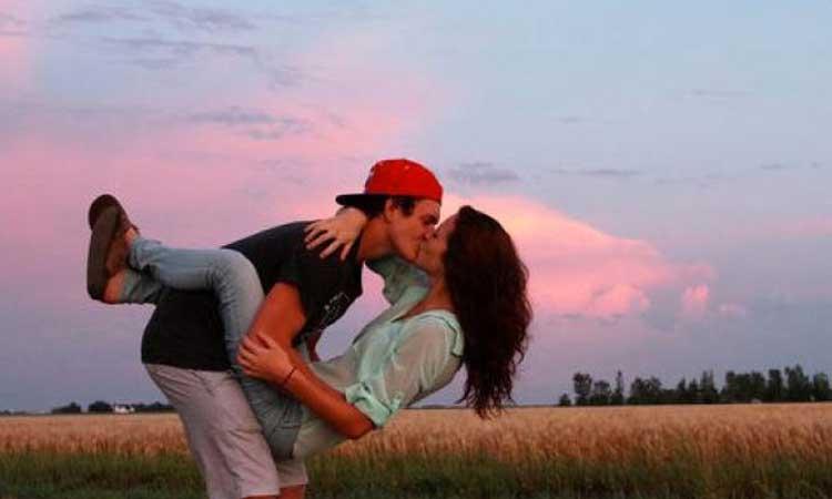I due amori che dobbiamo vivere prima di trovare quello giusto