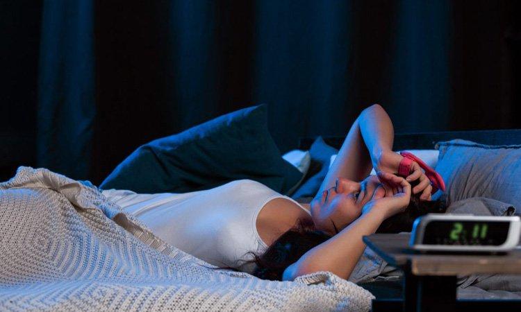 Combattere l'insonnia ecco cosa non fare quando ci svegliamo di notte