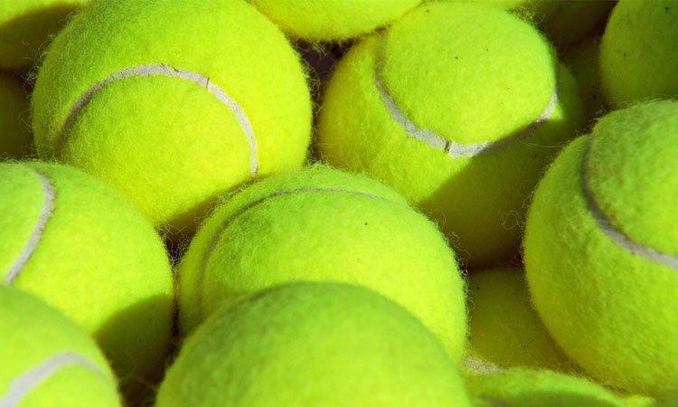 Pallina da tennis nel bagaglio a mano il trucco che non ti aspetti