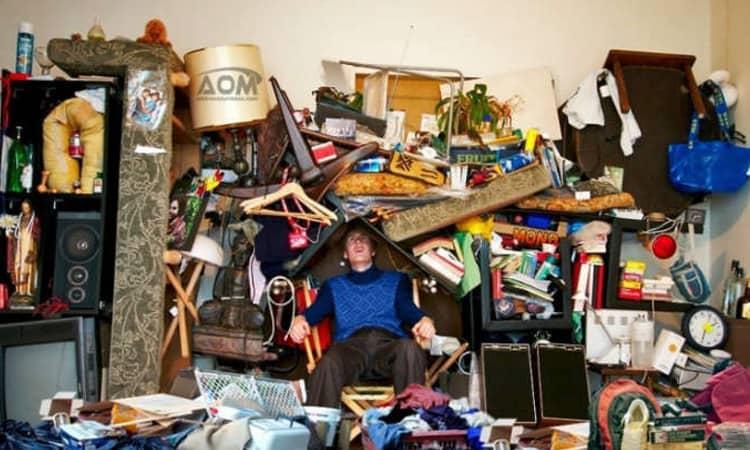 Casa disordinata gli oggetti responsabili del disordine