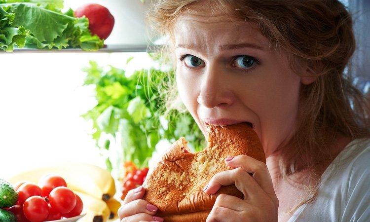 Mangiare troppo a cena può provocare problemi al cuore