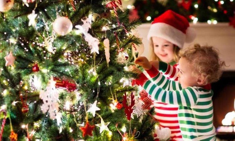 Natale chi decora la casa in anticipo è più felice