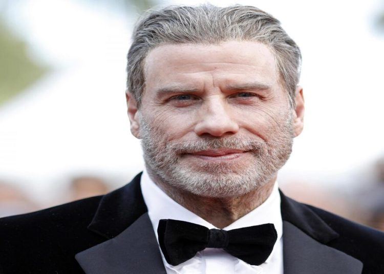 John Travolta dice addio a Scientology dopo 45 anni di devozione