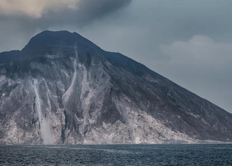 vulcano stromboli foto free