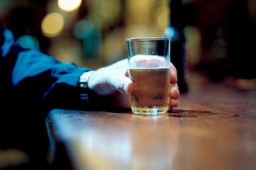 quanto-bevi-ecco-il-test-che-svela-se-hai-problemi-con-lalcol-20-09-2020