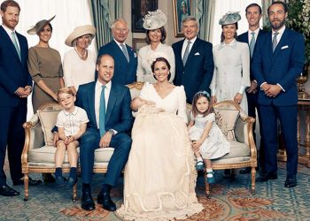 La regola del fazzoletto, un curioso protocollo della famiglia Reale britannica